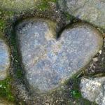 Ein Herz aus Stein – wenn Menschen keine Gefühle zeigen können