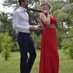 Körpersprache beim Flirten: So entschlüsselst du Gesten und Signale