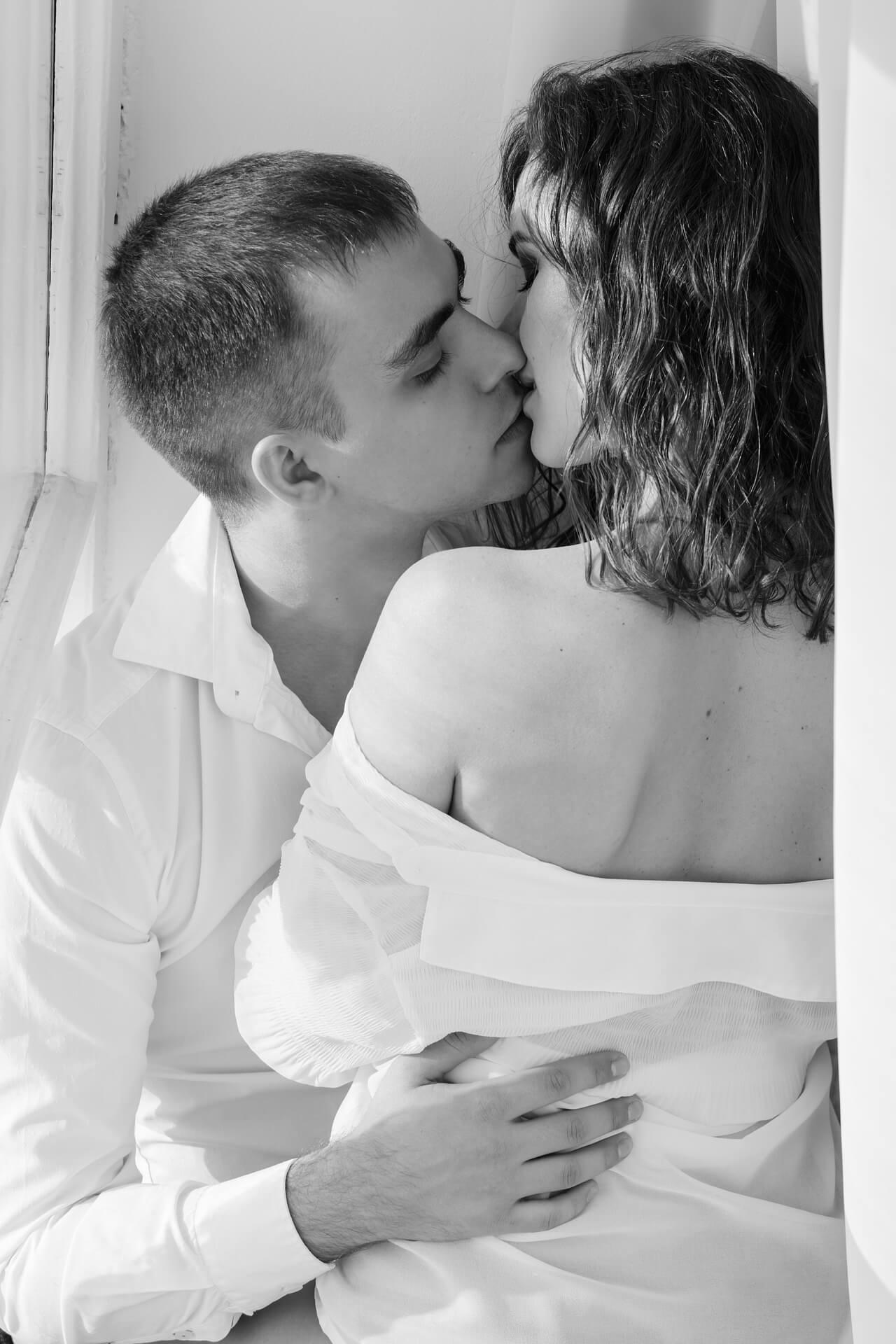 Liebe ohne Sex: Ein lebbares Konzept?