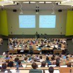 Tipps für Lehrer und Professor: Verliebt in Schüler oder Studentin?