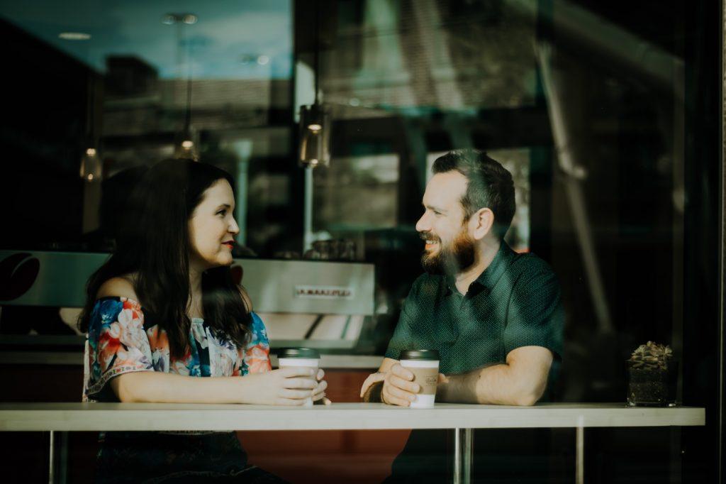 Finde einen Partner mit der gleichen Religion - singlely.net