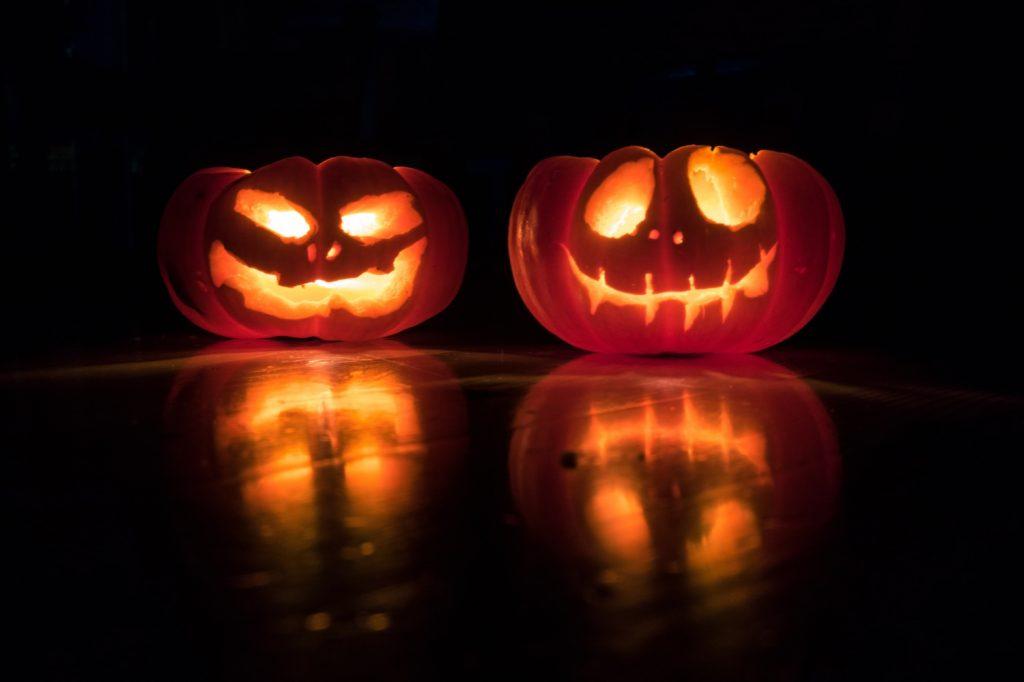 Lerne auf einer Halloween Party Männer kennen - singlely.net